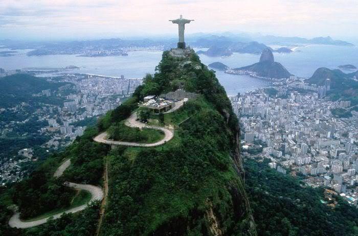 Pomnik Chrystusa Zbawiciela na wzgórzu Corcovado