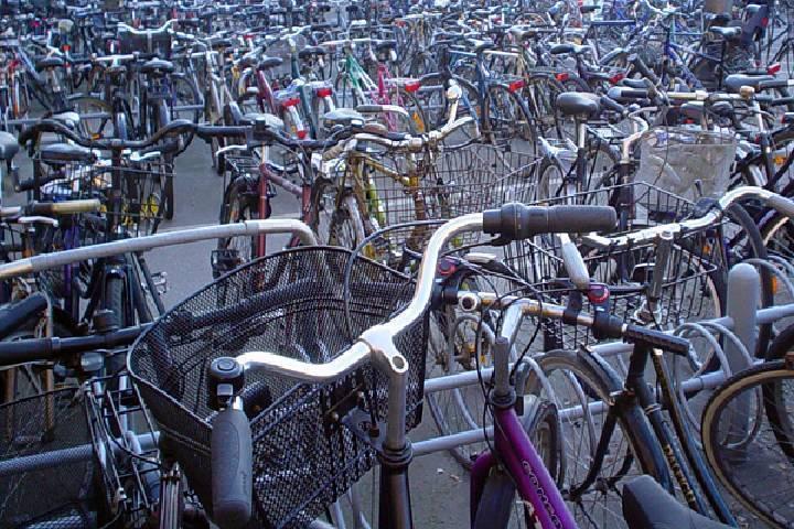 Dania parking rowerowy