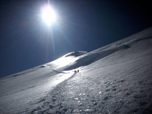 Kazbek (5047 m n.p.m.) – jeden z najwyższych szczytów Gruzji