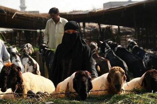 Na targu w Lahore