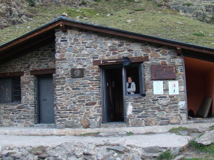 Pireneje