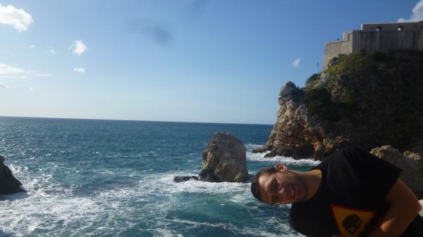 Adriatyk zachwyca swoją barwą.