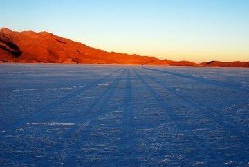 Nasze cienie o wschodzie słońca