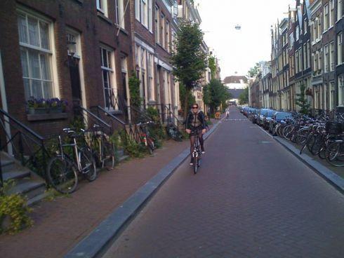 Boczne amsterdamskie uliczki