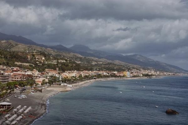 Praia a Mare - plaże po horyzont