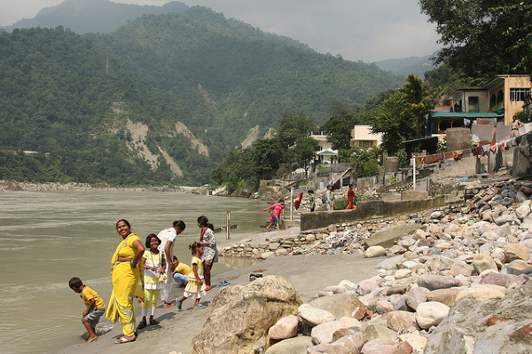 Riszikesz, nad Gangesem