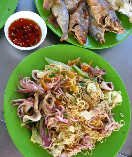 Będąc w wietnamie korzystajmy z bogactwa potraw z owoców morza.
