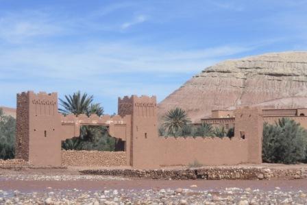 Kasba (twierdza) Ait Ben Haddou to jeden z najbardziej znanych zabytków Maroka.