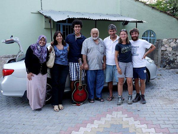 Ania i Jon oraz dwie wspaniałe rodziny Turków, które pomogły im na drodze