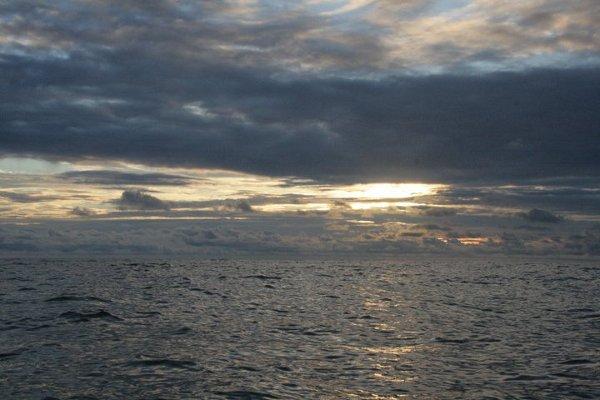Widok na ocean z Sierra Nevada.