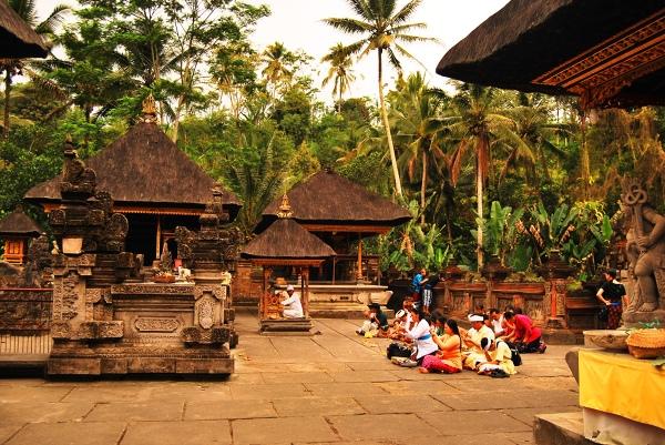 Bali, Świątynia Pura Tira Enpul