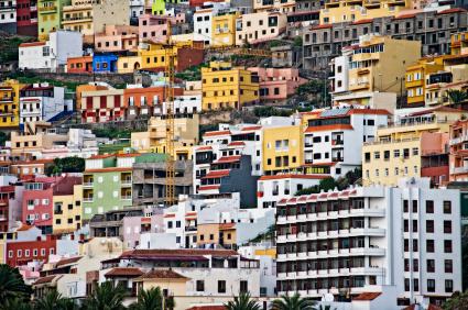 W Donostii znajdziesz wszystko: piękne plaże i kolorowe blokowiska