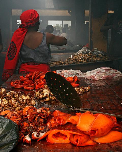 Targ rybny w Dar es Salaam. Zdjęcie zostało zrobione 16 kwietnia, 2009.