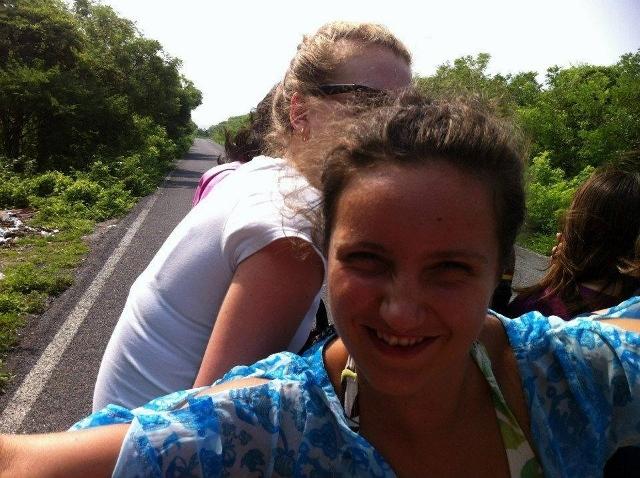 Kobieca strona podróżowania autostopem