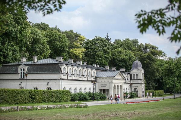 Polska słynie z leczenia uzdrowiskowego (na zdjęciu Nałęczów)