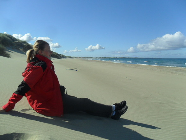 Relaks na szerokich plażach w okolicach Kleppe