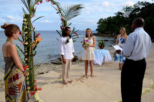 W trakcie ceremonii ślubnej