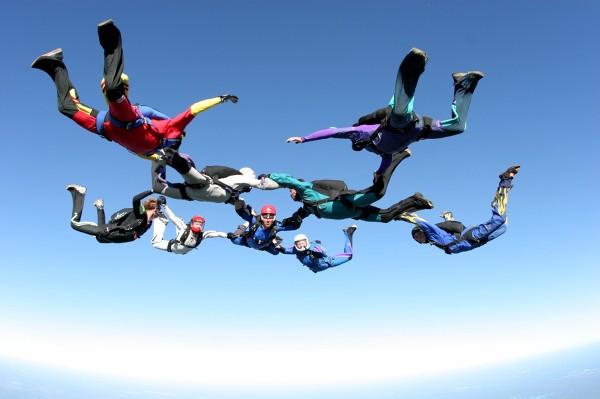 Wyjazdy firmowe wbrew temu co się o nich często sądzi, mogą gwarantować także dużą porcją adrenaliny i mocnych przeżyć.