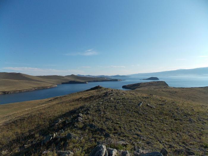 Święta wyspa na świętym morzu. Archeologów po Olchonie wędrówki