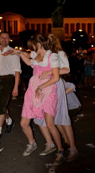 Ostatnie tańce na świeżym powietrzu