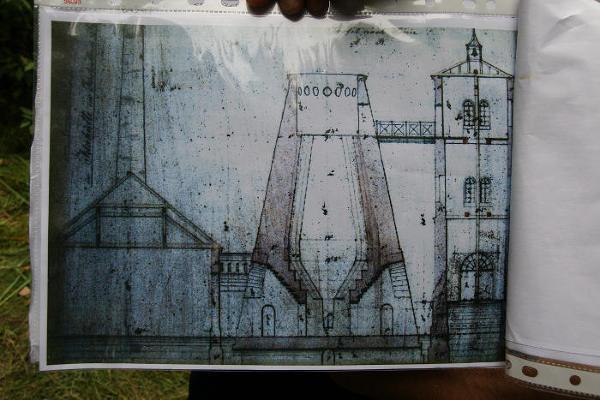 Jedynie z tych rysunków technicznych wiadomo jak wyglądała kiedyś huta