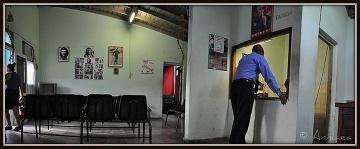 Che Guevara - tym razem na dworcu w Trinidadzie