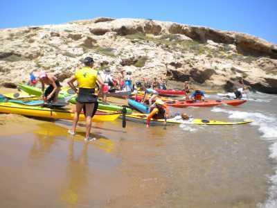 Kajakarstwo morskie jest kolejnym, aktywnym sposobem spędzania czasu w Hiszpanii