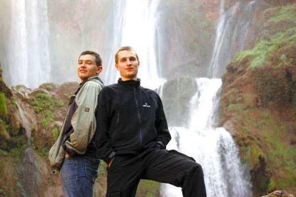 "Patryk Świątek i Bartek Szaro – autorzy bloga ""Paragon z podróży"""