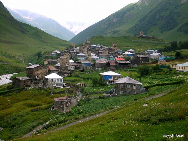 Uszguli, wioska w Górnej Swanecji
