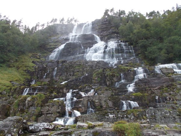 Przydrożne wodospady