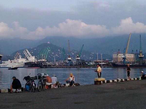 Batumi, port.