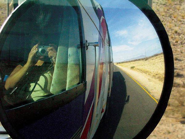 Z autostopem trzeba postępować ostrożnie, łatwo o uzależnienie od bycia w drodze...