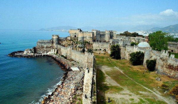 Bajkowy zamek w Anamur.