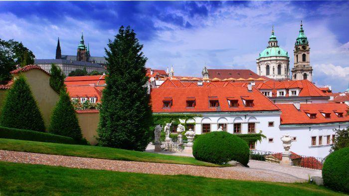 Wieczne powroty do Pragi