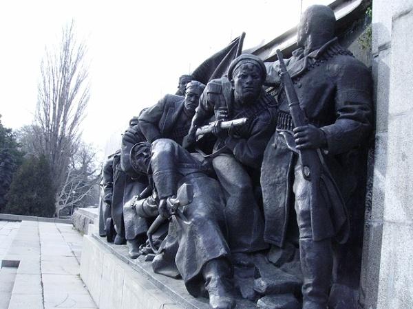 Sofia - fragment pomnika Armii Czerwonej