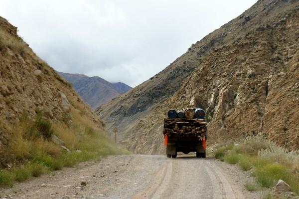 Azja, Kirgistan, autostopem bo bezkresach.