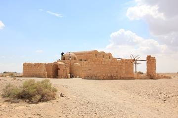 Zamki na piasku – ruiny zamków syryjskich władców z rodu Umayyad zbudowane w 7 wieku
