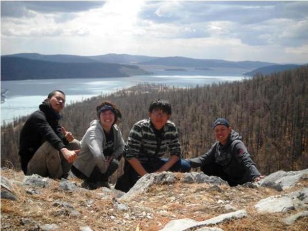 Razem z moimi przyjaciółmi z Korei i Japonii w trakcie wyprawy.