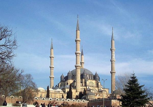 Turcja – oferuje tanie zabiegi okulistyczne i chirurgiczne