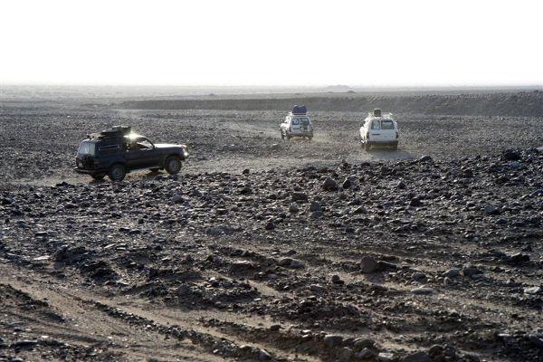 Terenowa Toyota Land Cruiser, niezawodna na afrykańskich drogach