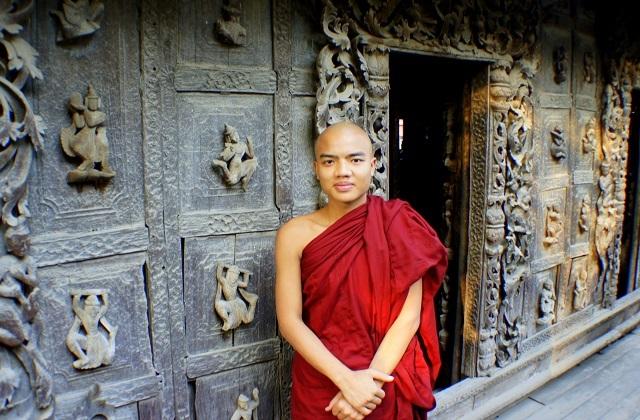 Buddyjski świat
