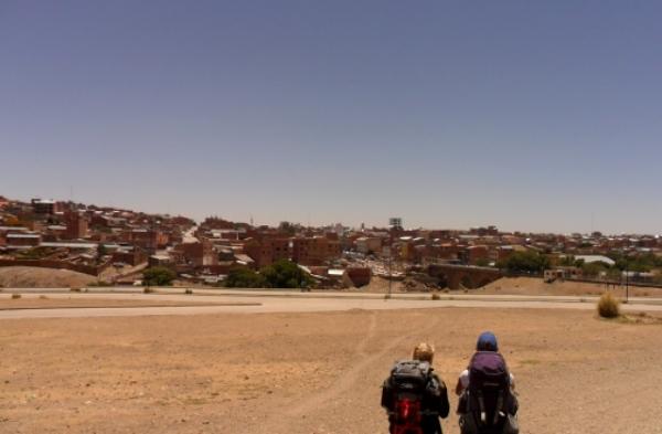 Villazon: Bienvenidos en Bolivia!