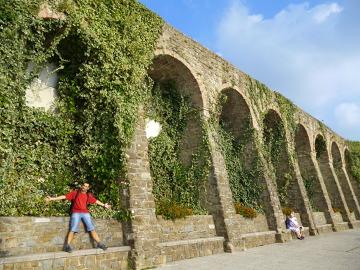 Mury miejskie nas granicy Piranu i Portorož.