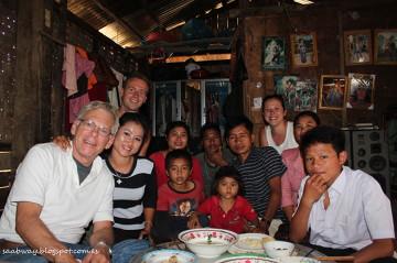 Przypadkowy obiad w domu rodzinnym w drodze z Nong Kiau do Oudomxai