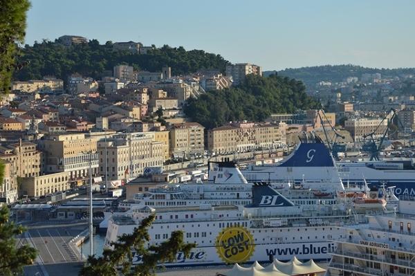 Ancona - port