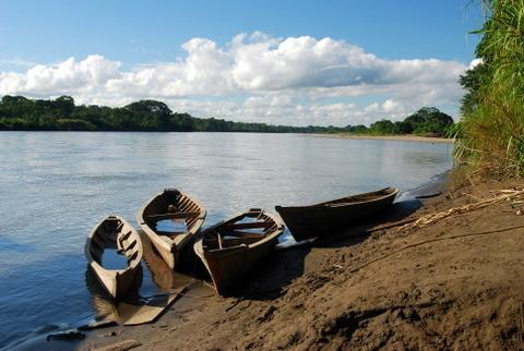 Rzeka Manu i przystanki w dżunglowych wioskach