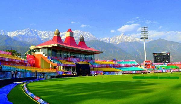 Himachal Pradesh Cricket Association Stadium, duma Hindusów