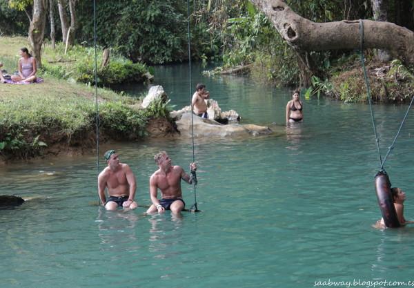 Błękita Lagoona i inne szaleństwa - tylko w Vang Vieng.