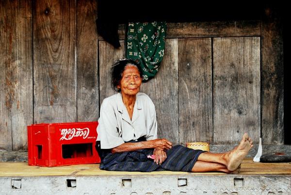 Flores - mieszkanka tradycyjnej wioski Bajawa