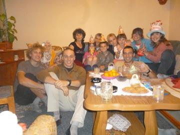 Nocleg u bośniackiej rodziny pod Sarajewem przerodził się w rodzinną imprezę.